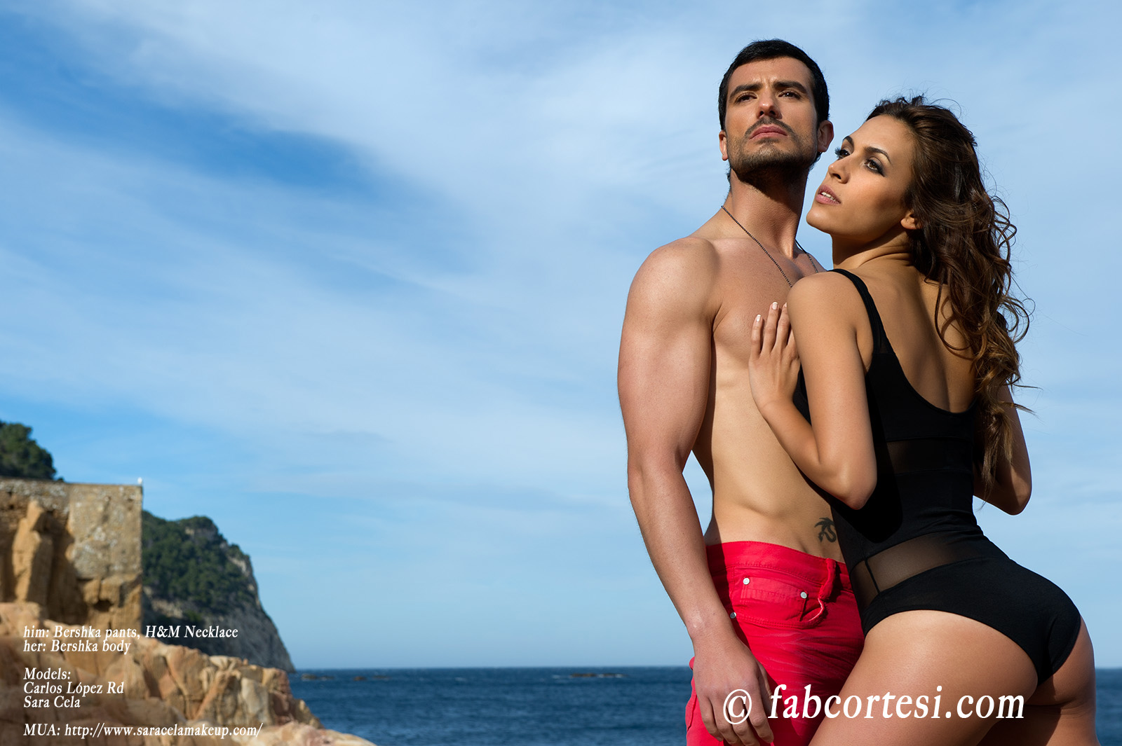 him: Bershka pants, H&M Necklaceher: Bershka bodyModels: Carlos López RdSara CelaMUA: http://www.saracelamakeup.com/
